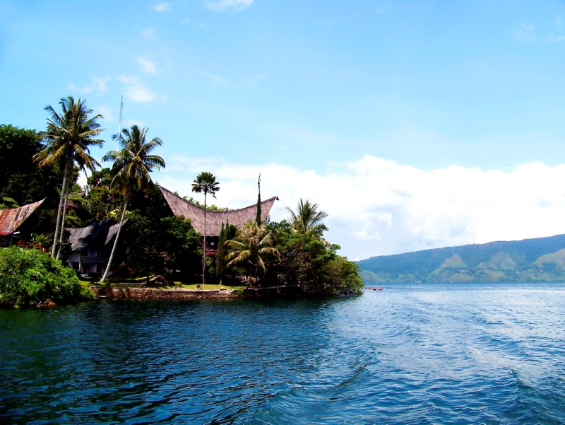 Lake Toba Tour1